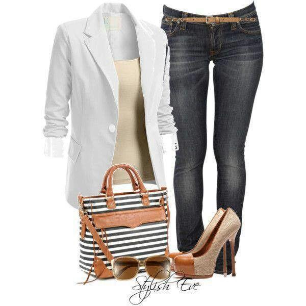 Saco blanco y bolsa de rayas