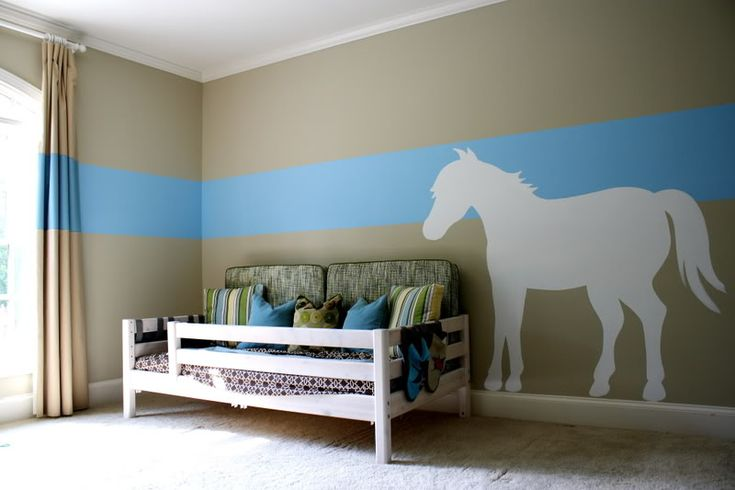 love this little boy room like how the stripe extends 11391 | 0adf965ac0e11391f1ec630383d9f587