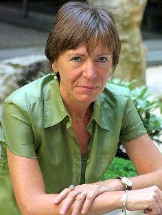 Milena Gabanelli nasce a Tassara, frazione di Nibbiano (Piacenza) il 9 giugno 1954