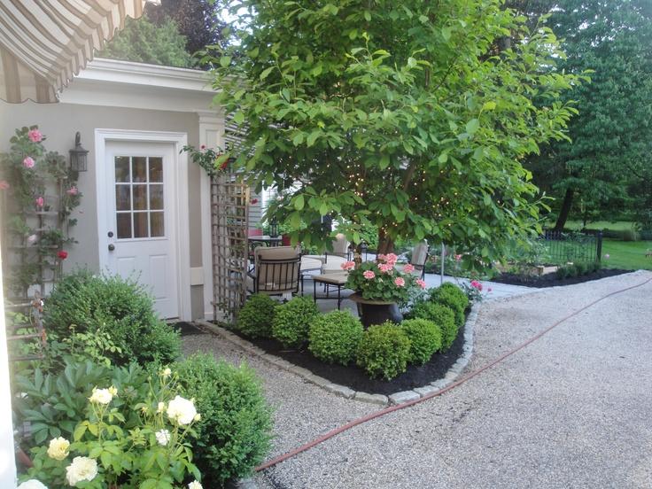 Back door entrance gardening pinterest doors and for Landscaping rocks daytona beach