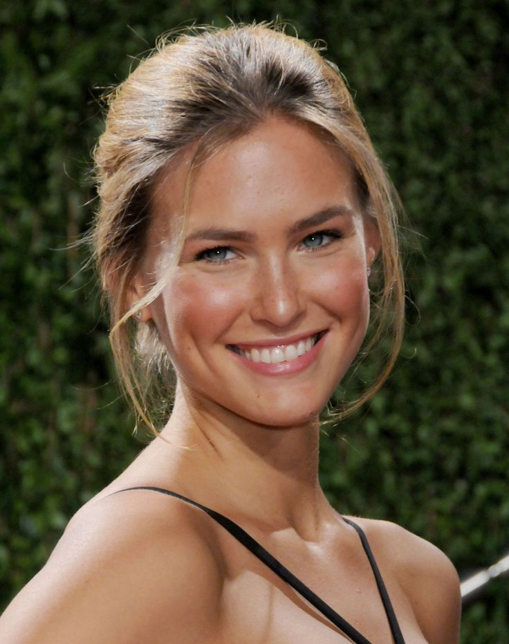 download bar refaeli smile - photo #4
