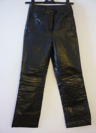 Kupuj mé předměty na #vinted http://www.vinted.cz/damske-obleceni/kozene-kalhoty/9590452-kozene-kalhoty-esprit