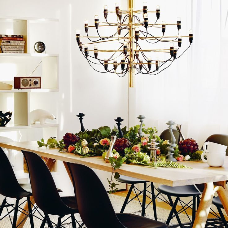 Dining room decor , dining table,  Brass accents,for more ideas and inspirations: http://www.bocadolobo.com/en/inspiration-and-ideas/