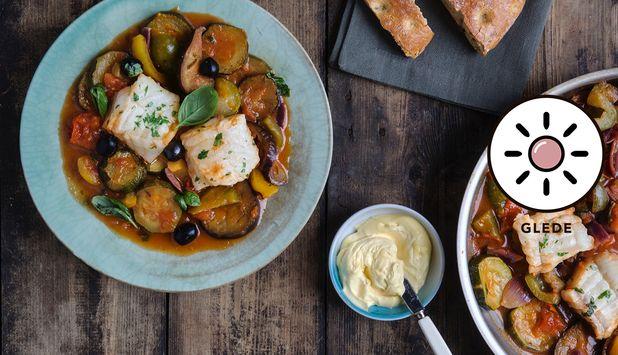 Brosme er en fisk som passer utmerket i gryter. Her kokes den i en grønnsaksgryte med smaker fra middelhavet. Oppskriften er laget av matblogger Aicha Bouhlou.