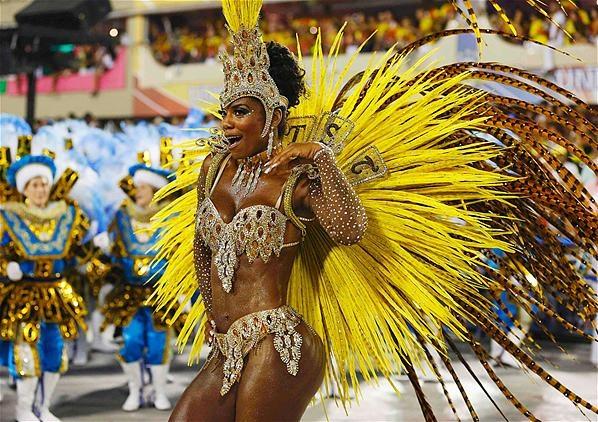 Le carnaval bat son plein à Rio!
