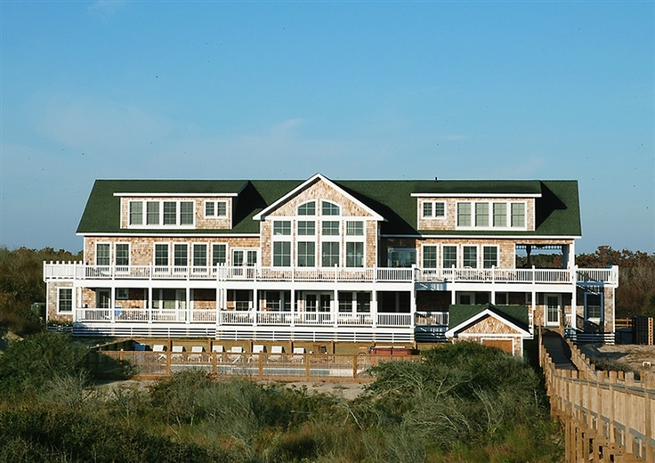 Twiddy Outer Banks Vacation Home - The Mark Twain - 4x4 - Oceanfront - 18 Bedrooms