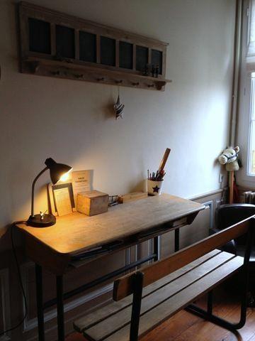 Très joli bureau du blog : Maison de famille :http://celine11fh.canalblog.com/archives/2013/03/02/26547129.html#utm_medium=email_source=notification_campaign=celine11fh