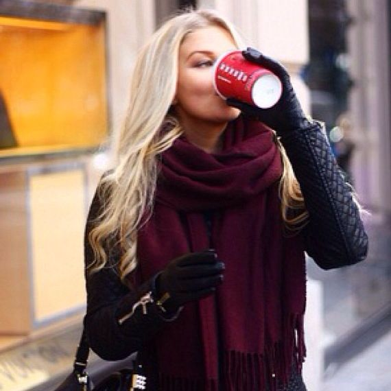 Who needs a phone in ur hand when u could be holding a Starbucks cup Because the Christmas cup is a winter essential.: