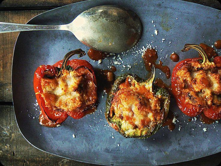 RISOTTO DE GORGONZOLA Y SALCHICHA SOBRE PIMIENTOS ASADOS (Gorgonzola & Sausage Risotto Stuffed Peppers) #RecetasFaciles