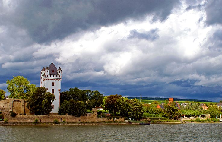 Eltville Castle overlooking Rhein river. Eltville am Rhein was said to be an old medieval town in the 1400's.