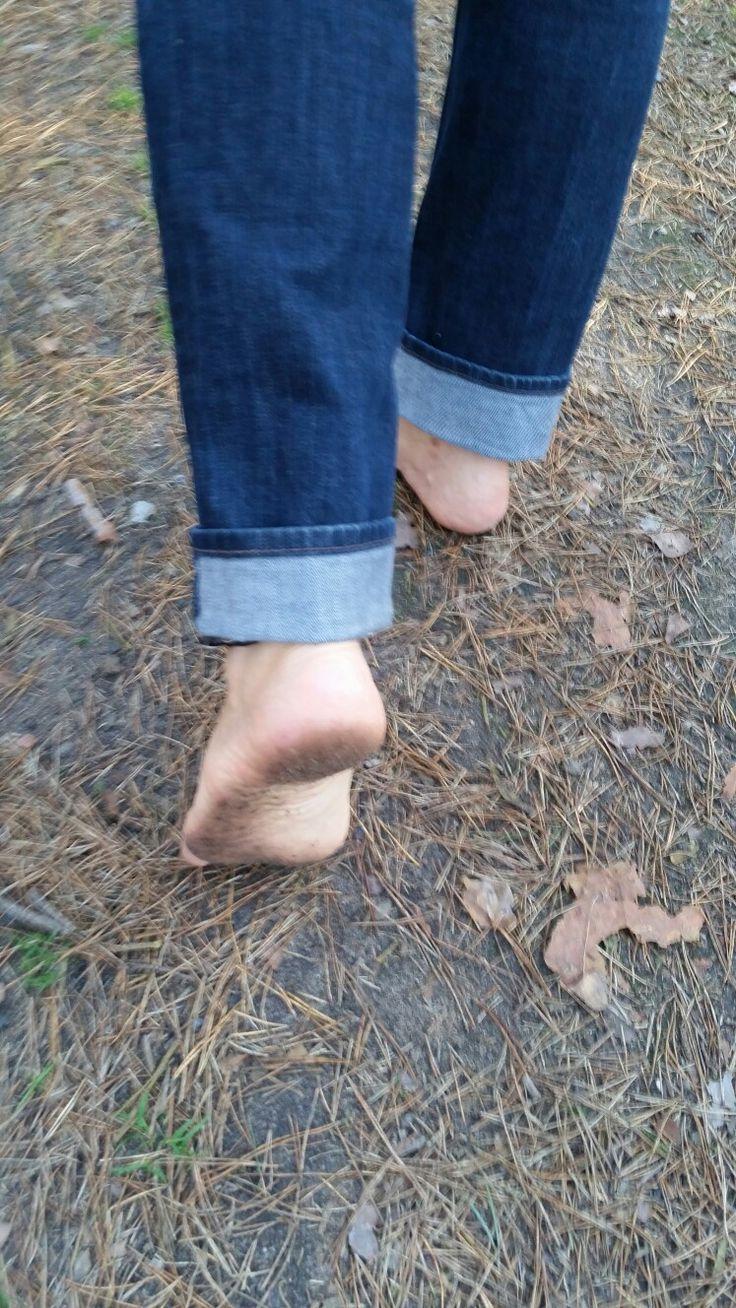 Füße fördern und fordern, macht sie ansehnlicher, als die in Schuhen geschädigten Dreckkrampen!