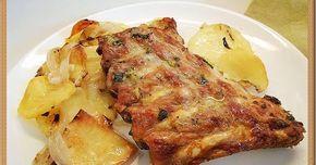Costillar de cerdo al horno con ajo, perejil y vino blanco
