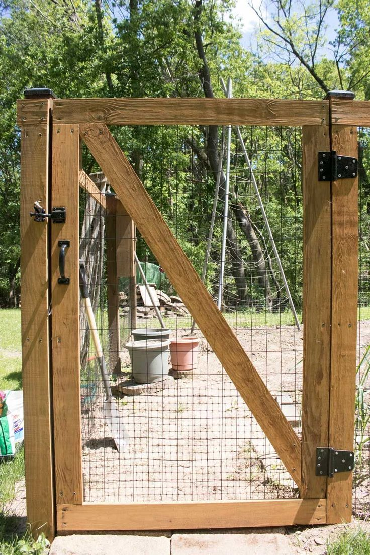 Diy Garden Fence Self Closing Hinges And Designed With