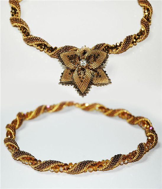 """Master Class for spiral rope from """"Hot Sands"""" piece.  Detailed pictures. ~ Seed Bead Tutorials"""