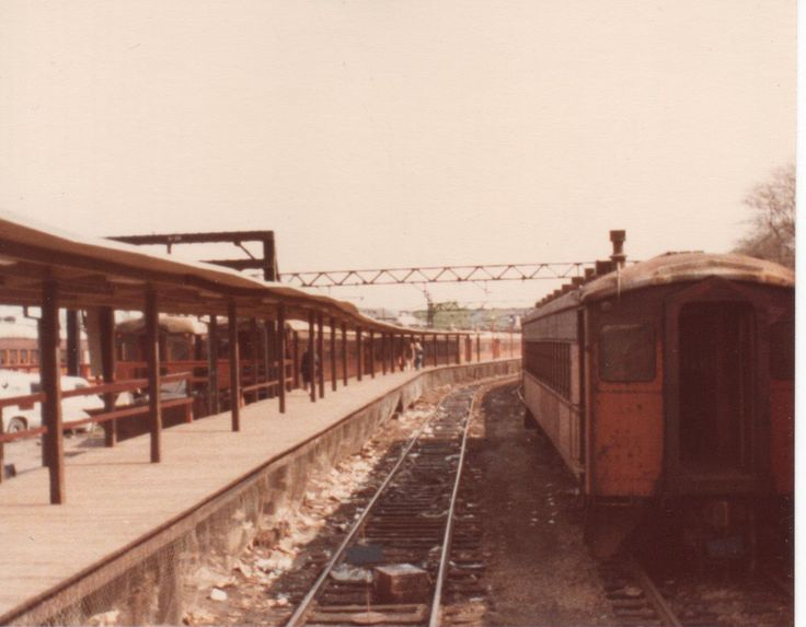 This is old South Shore Line's in  1980 at Randolph Station at Chicago. Now they are covered with Millennium Park and Silver Bean.