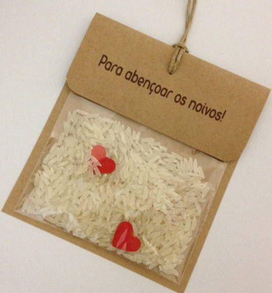 Embalagem para chuva de arroz Em papel kraft Texto personalizado Fio natural Saquinho com arroz    Pedido minimo - 25 unidades  *** Produto original - confeccionado em nosso Estúdio *** R$ 1,00