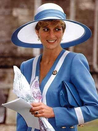 Princess Diana, July 23, 1992 (PS)