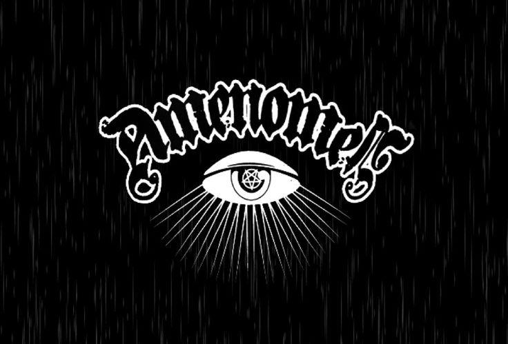 AmenOmen to wyjątkowa kolekcja ubrań, bezpośrednio zainspirowanych modą alternatywną związaną z subkulturami metal, rock, punk, tattoo oraz occult.