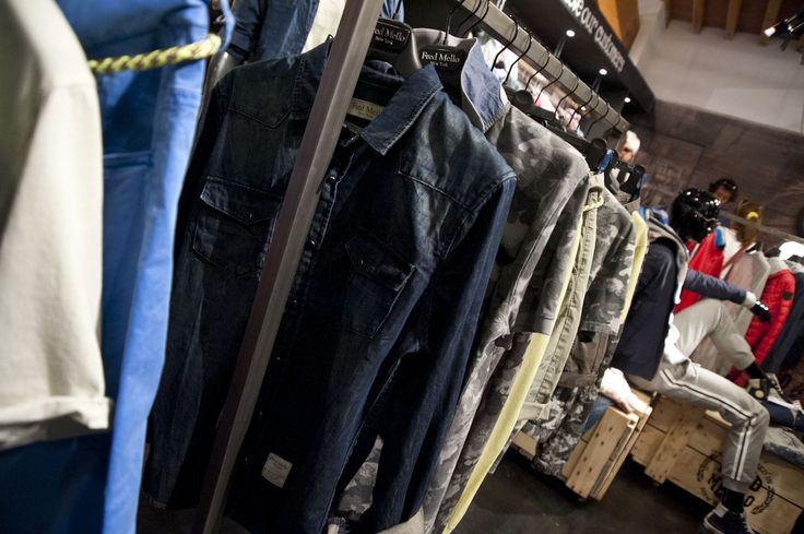 pitti uomo - stand Fred Mello #pitti#firenze #fredmello#stefanodemartino#fabiocastelli#fashion#cool#star#Fiveseasons#Milano#clothingcollection#luxury