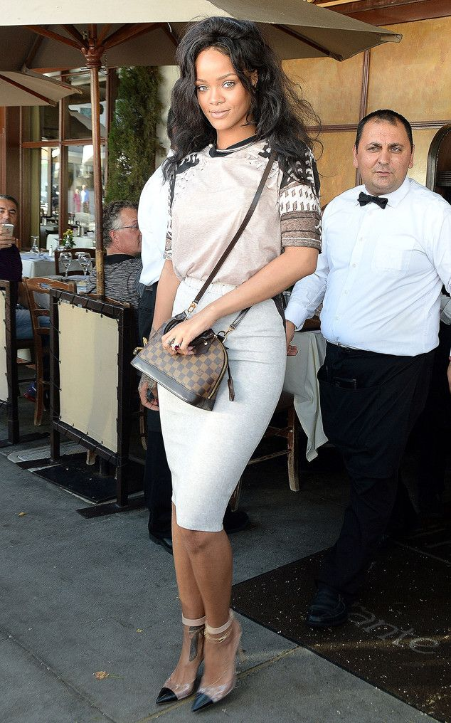 Rihanna looks chic and sophisticated stepping out for lunch.