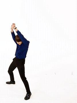 Bota pra mexe e mexe bem gostoso dançando desse jeito assim pirimpompom pirimpompom é D arrepiar latitude 10 é os reis:D