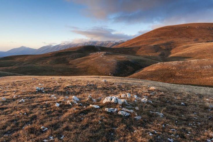 Campo Imperatore, la meraviglia senza tempo del piccolo Tibet  d'Abruzzo lorenzo costumato