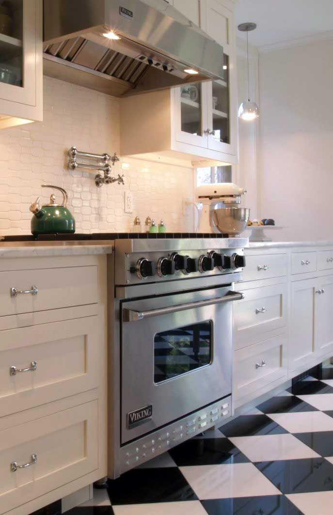 Discover Awesome Black Kitchens Backsplash Ideas Number 08 The