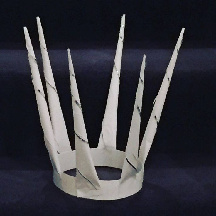 How to make a stunning Narnia's Snow Queen crown