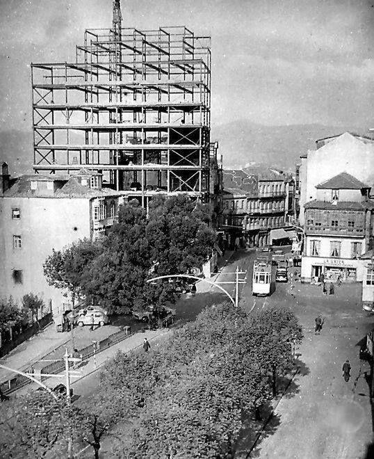 Paseo de Alfonso. Edificio de Asefal en construción.