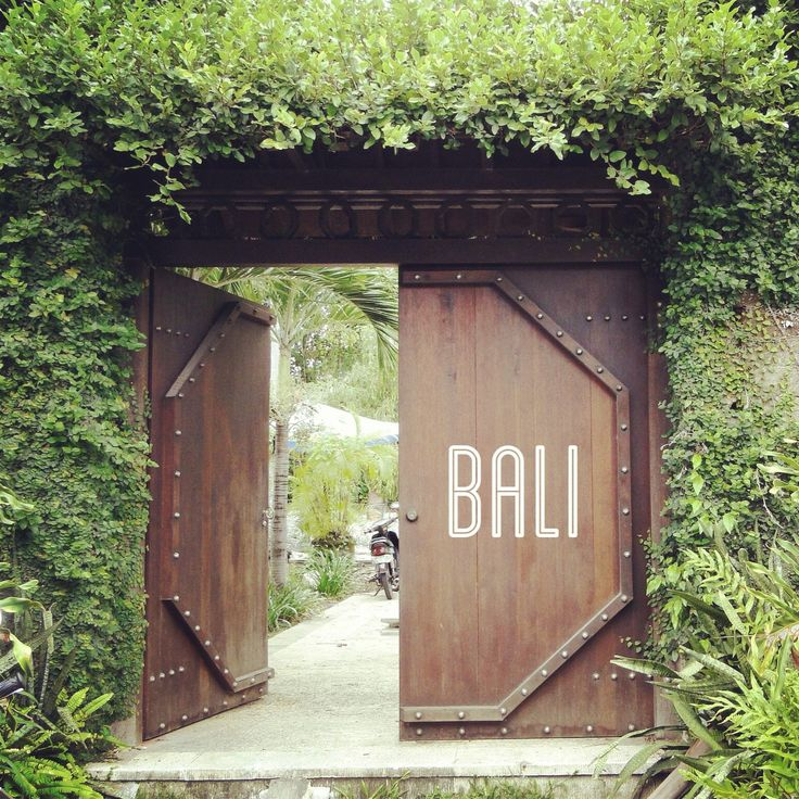 BALI ~ A beautiful place to be. Here's why : http://www.lynneknowlton.com/bali-a-beautiful-place-to-be/ You won't want to miss it !