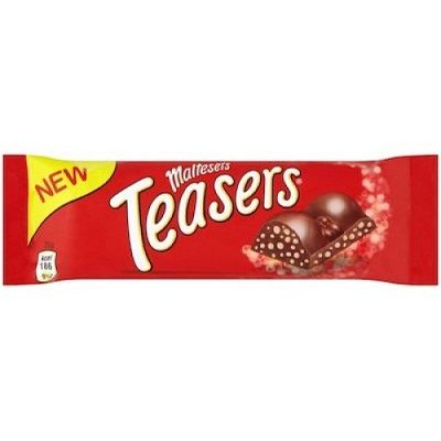 An outer of 24 Maltesers Teaser 35g chocolate bars.