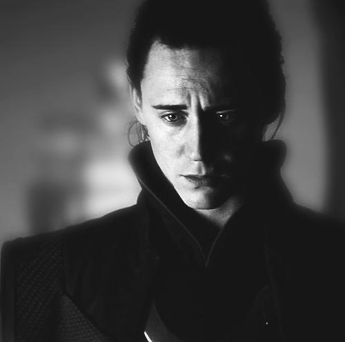Oh Tom Hiddelston... you are a hidden treasure.: Favorite T V Movie, Hidden Treasure, The Faces, Toms Hiddleston Loki, Toms Loki, Loki Movie, Poor Loki, Hiddelston Loki, Toms Hiddelston