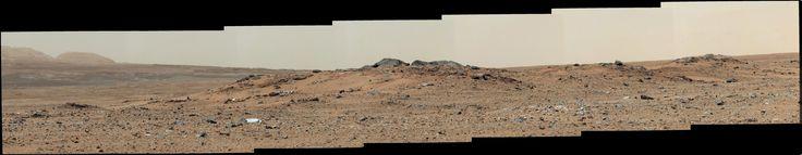 PIA17083-MarsCuriosityRover-ToAeolisMons-20130724.jpg (7651×1488)