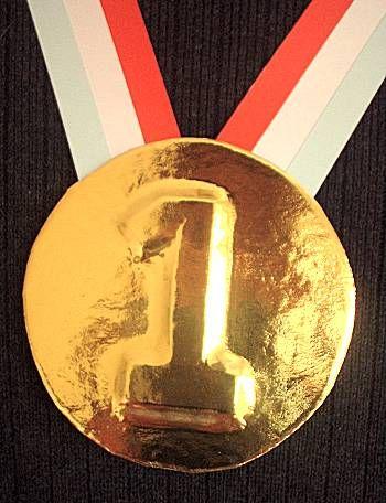 Papa Wapper en het rode vrachtwagentje  Twee medailles en een koningin in bad
