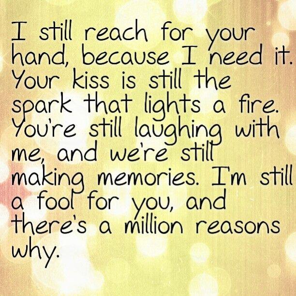 Still Fallin' - Hunter Hayes lyrics.