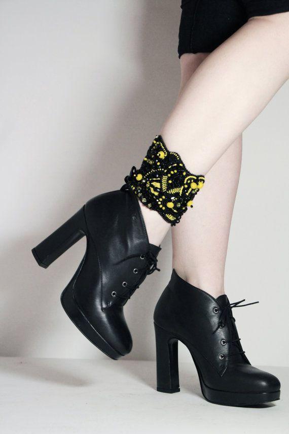 Women anklet jewelry, ankle cuff, black fancy jewelry, nkle bracelet, luxury jewelry, women foot fashion, high fashion, legs accessories - by RasaVilJewelry