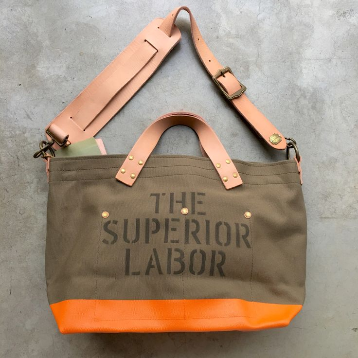 One of our top 3 favourite flavours of #superiorlabor Engineer Bag. The olive drab/khaki canvas and orange paint go very well together indeed. We usually specify the rather military-looking stencil Nr 02 for this canvas colour. We still have 2 available, 1 Tote (https://www.nomadostore.com/collections/the-superior-labor-bags-accessories/products/the-superior-labor-engineer-tote-bag-s-khaki-body-orange-paint) and 1 Shoulder Bag…