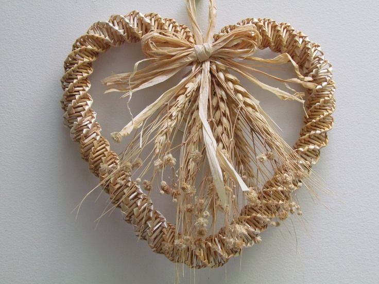 Woven, Wheat Heart Wall-Hanging. via Etsy.