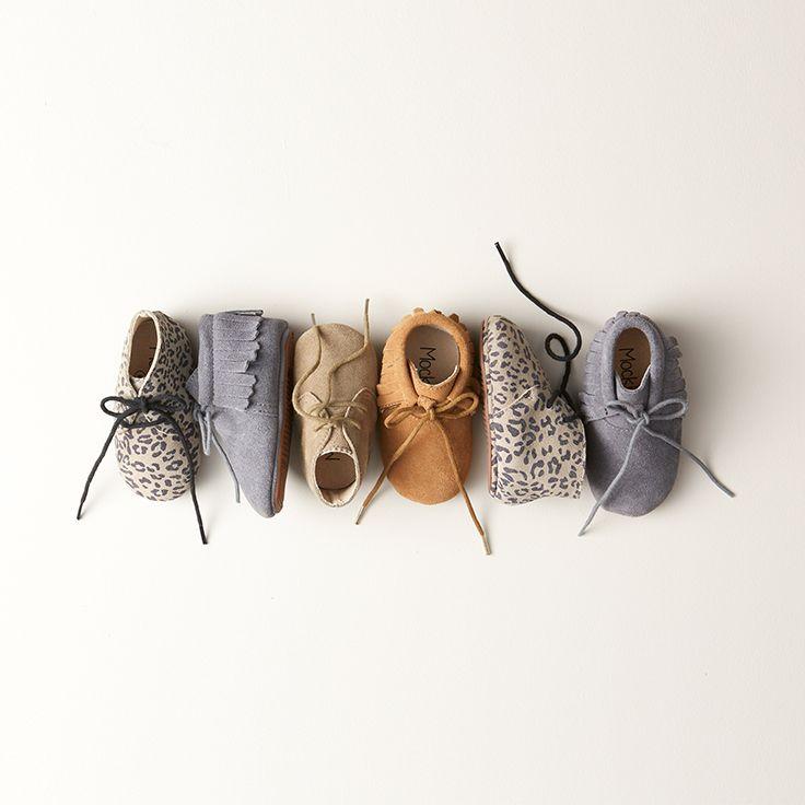 Wie de schoen past… Ze lopen er nog niet direct op, maar het blijft verleidelijk om alvast een schoenencollectie aan te leggen, toch? #baby #fashion #babyshoes #newborn #zwanger #schoentjes