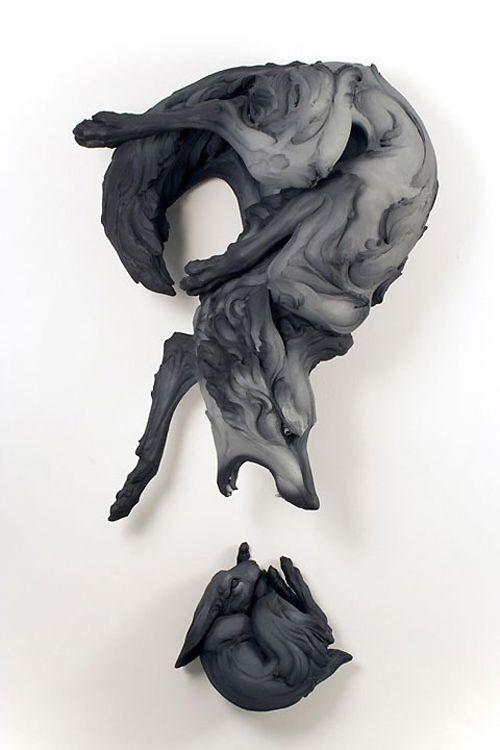 二人の陶芸彫刻家 ベス・カバナー・スティッター (Beth Cavener Stichter) と アレッサンドロ・ギャロ (Alessandro Gallo) によるコラボ作品