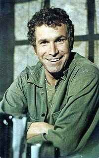 Wayne Rogers joined the US Navy after getting his history degree in college in 1954.He serve honorably and was discharged 4 yrs later. Funny, he ended up playing an Army Doctor on M.A.S.H.