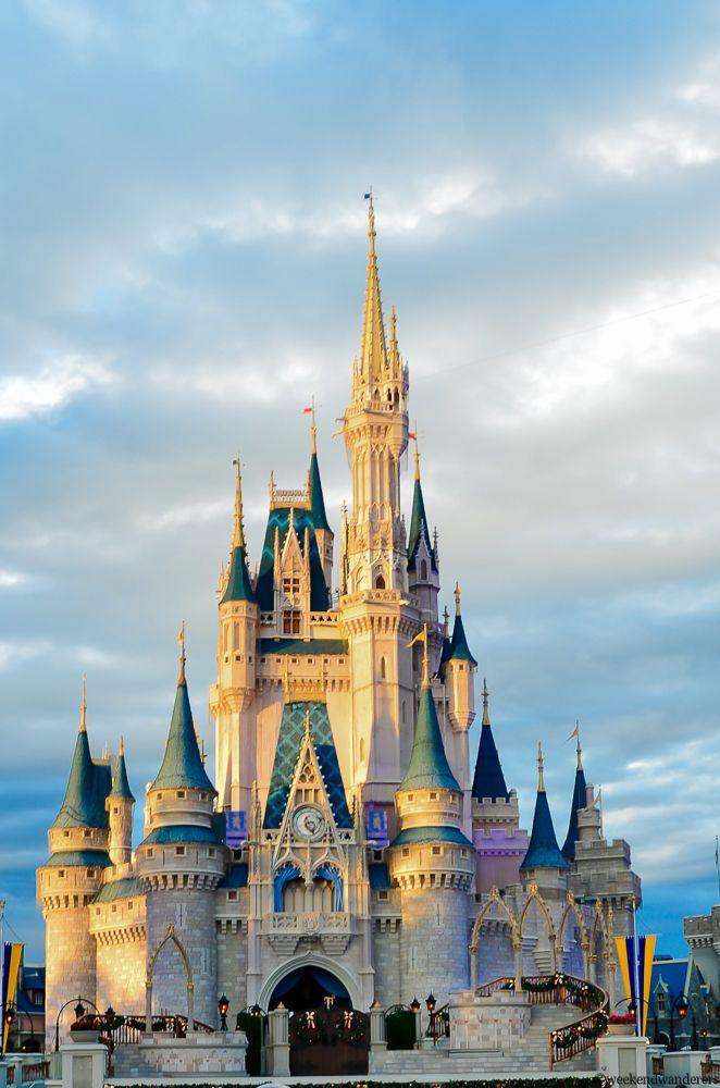 cindrella s castle at magic kingdom disneyworld disney world rh pinterest com
