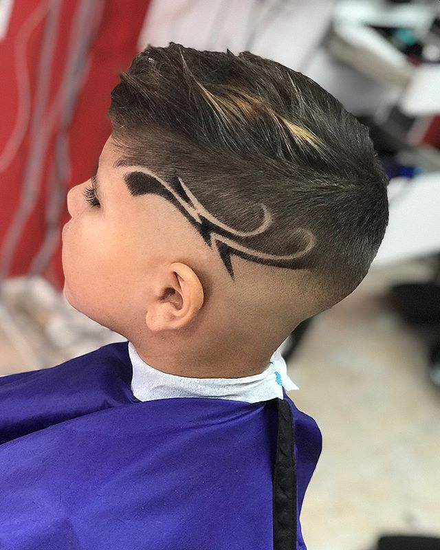 ‭Men's Hair, Haircuts, Fade Haircuts, short, medium, long, buzzed, side part, long top, short sides, hair style, hairstyle, haircut, hair color, slick back, men's hair trends, disconnected, undercut, pompadour, quaff, shaved, hard part, high and tight, Mohawk, trends, nape shaved, hair art, comb over, faux hawk, high fade, retro, vintage, skull fade, spiky, slick, crew cut, zero fade, pomp, ivy league, bald fade, razor, spike, barber, bowl cut, 2018, hair trend 2017, men, women, girl, boy