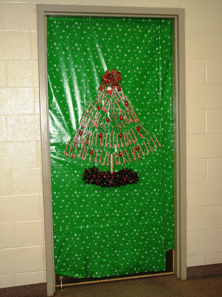 Candy Cane Christmas tree | Christmas Door Decorations ...