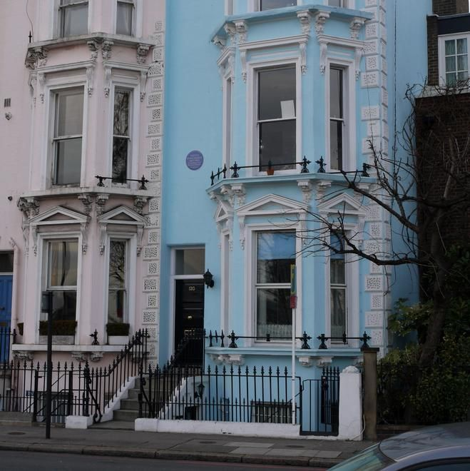 Former home of Suffragette and campaigner for women's rights, Sylvia Pankhurst - London SW10
