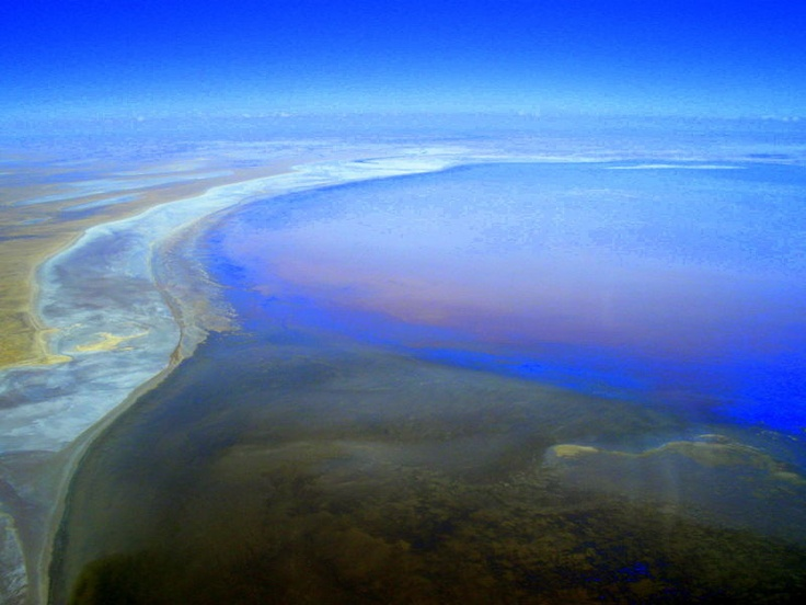 Lake Eyre: Floods of Lake Eyre, Australia