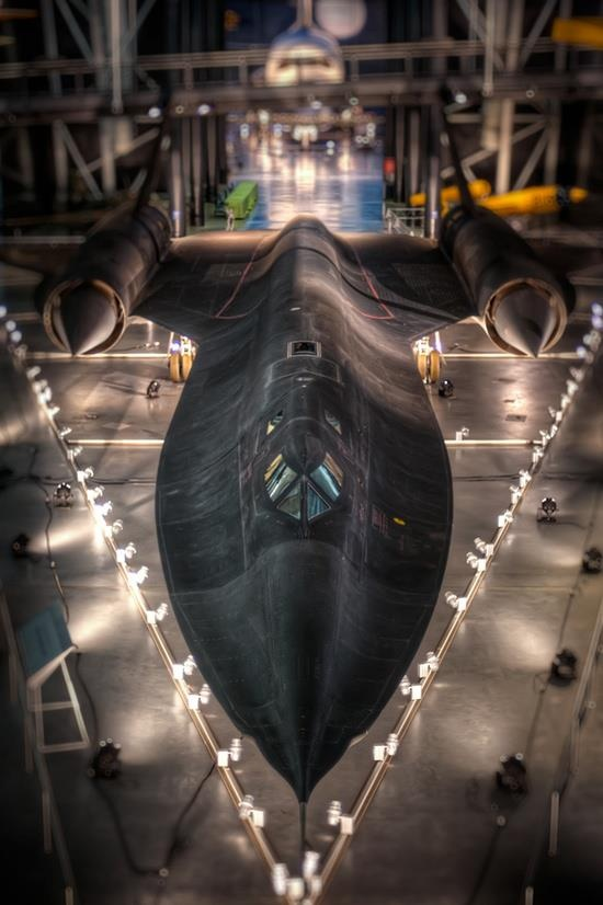 The SR-71 BlackBird. A masterpiece of engineering!
