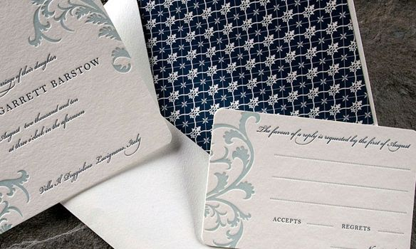 Vettore Letterpress. Mint Blue designs on ivory paper with Dark blue writing and a navy envelope liner. Beautiful!