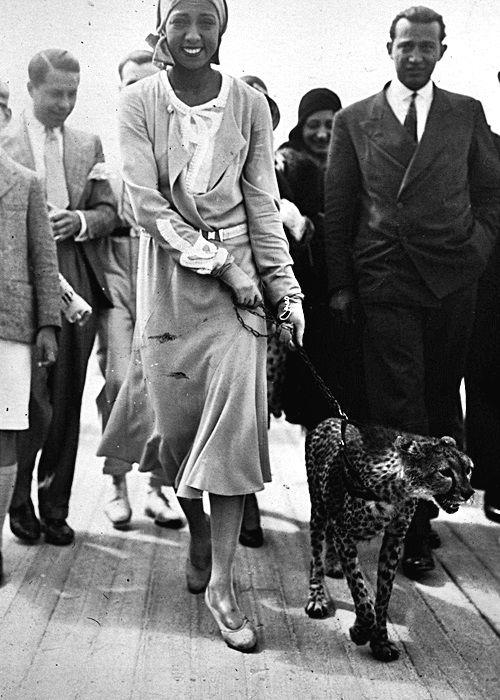 Josephine Baker and her pet cheetah, 1931.