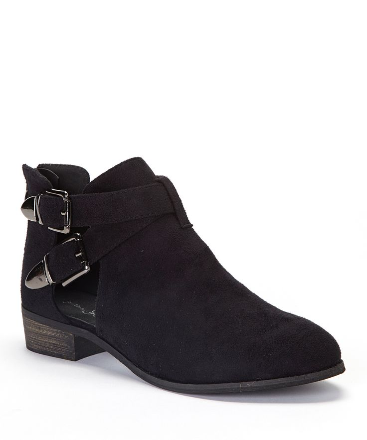 Season Must Have: Low cutout boots in Black $29